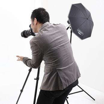 本格スタジオで撮影するハイクオリティな証明写真