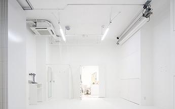 05 STUDIO 白ホリスタジオL